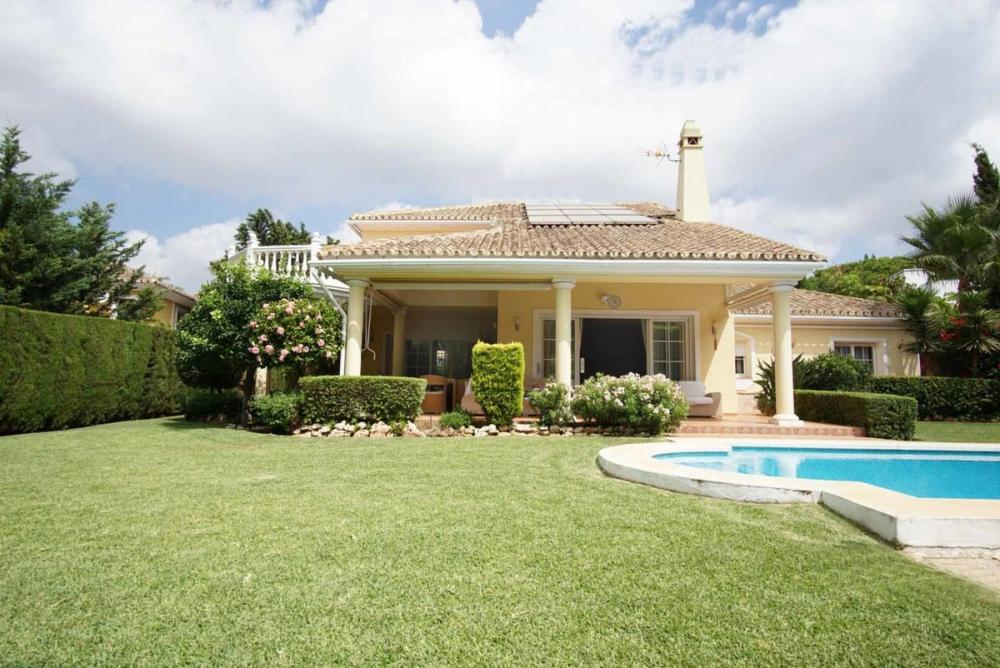 Ref:V118 Detached Villa For Sale in marbesa